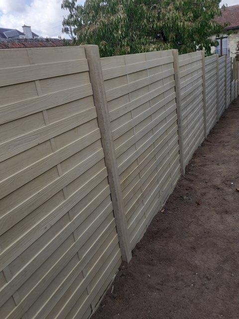 Clôture béton décorative droite hauteur hors sol 1m80
